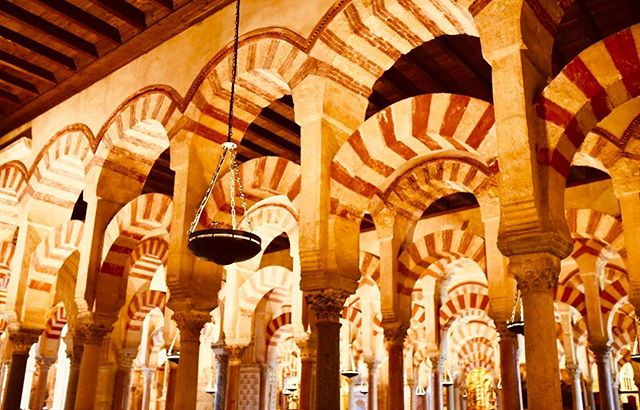 One of the most breathtaking architecture I have ever experienced....Córdoba, Spain 🇪🇸