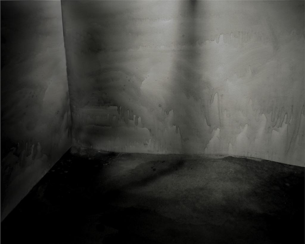 Night Sets ( lt 001a) 2004