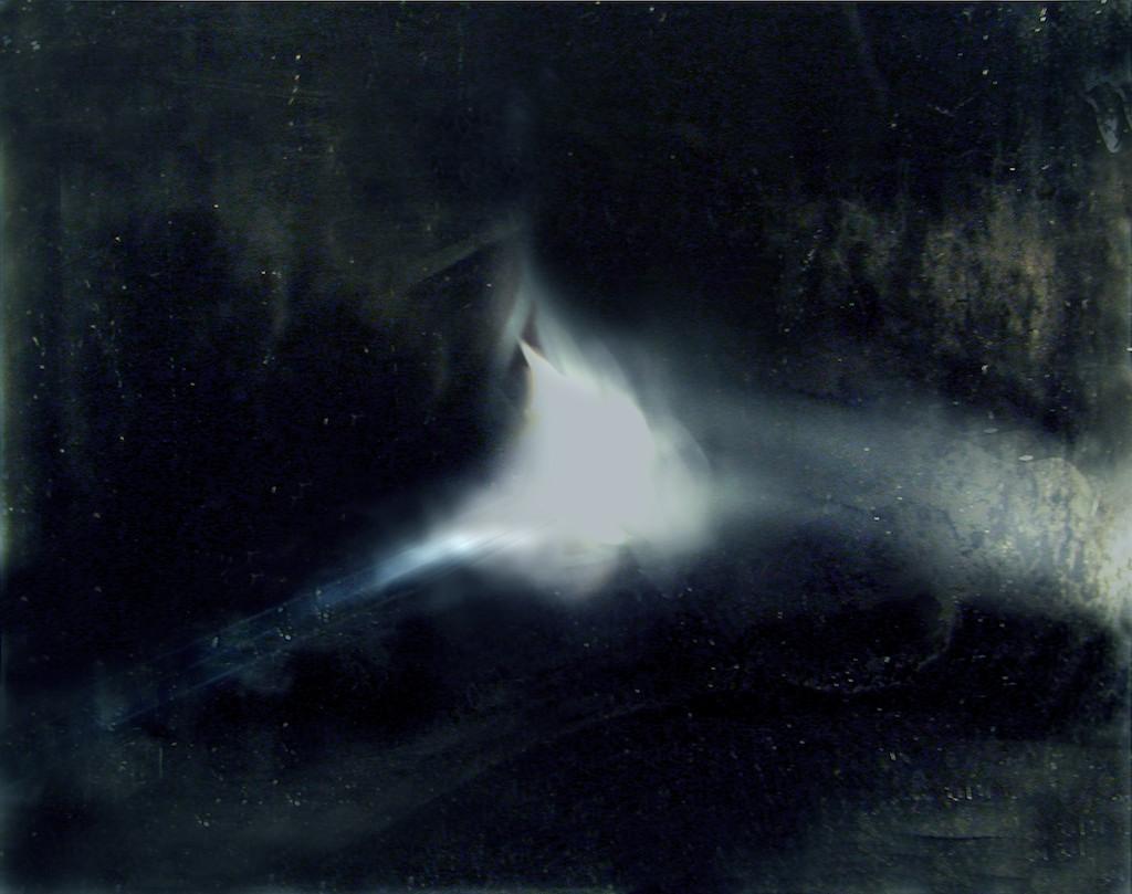 Night Sets (lt 004a) 2004