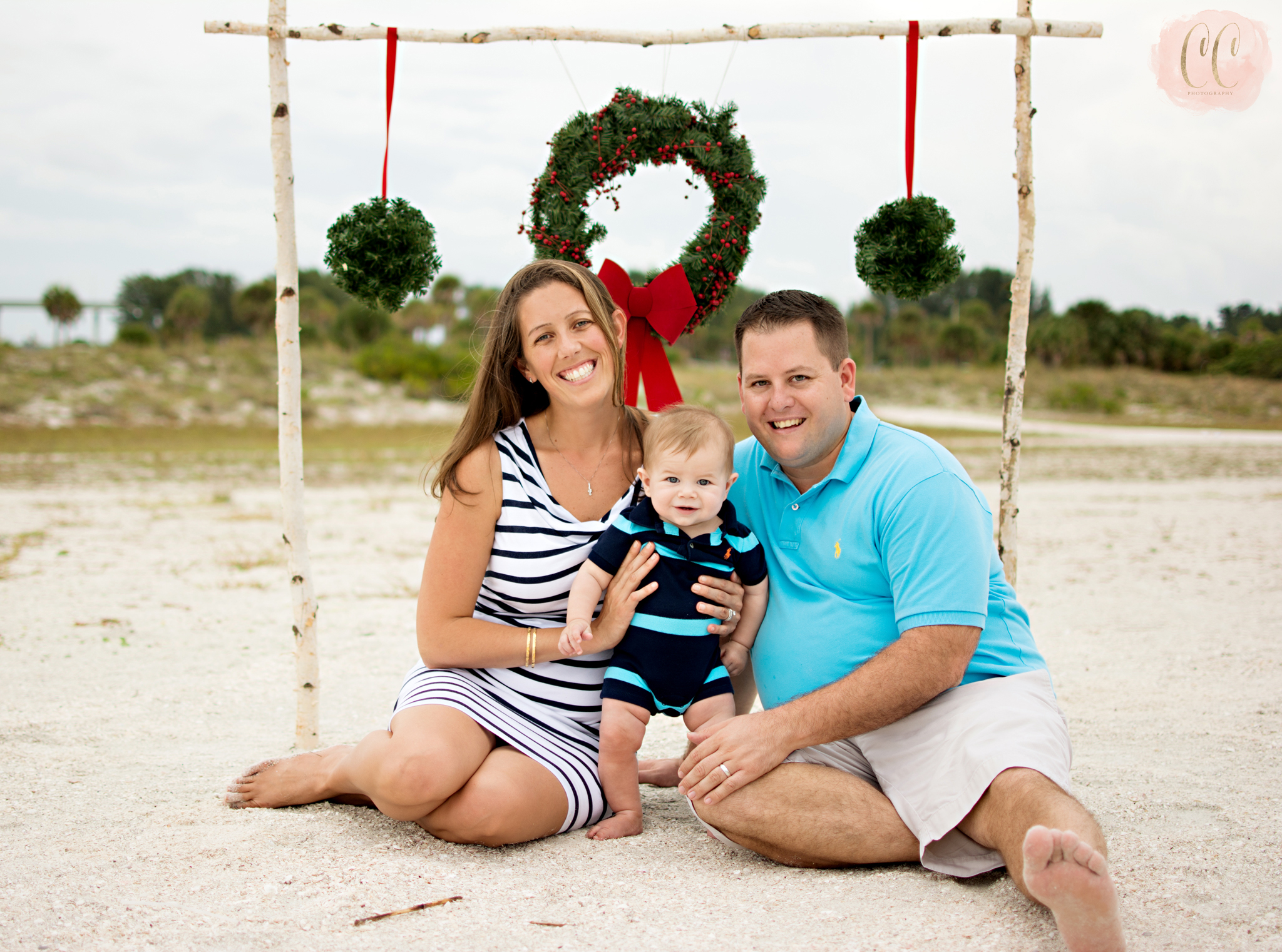 Mini session photography at Sand Key Beach in Clearwater, Florida taken by family photographer Carlie Chew Photography