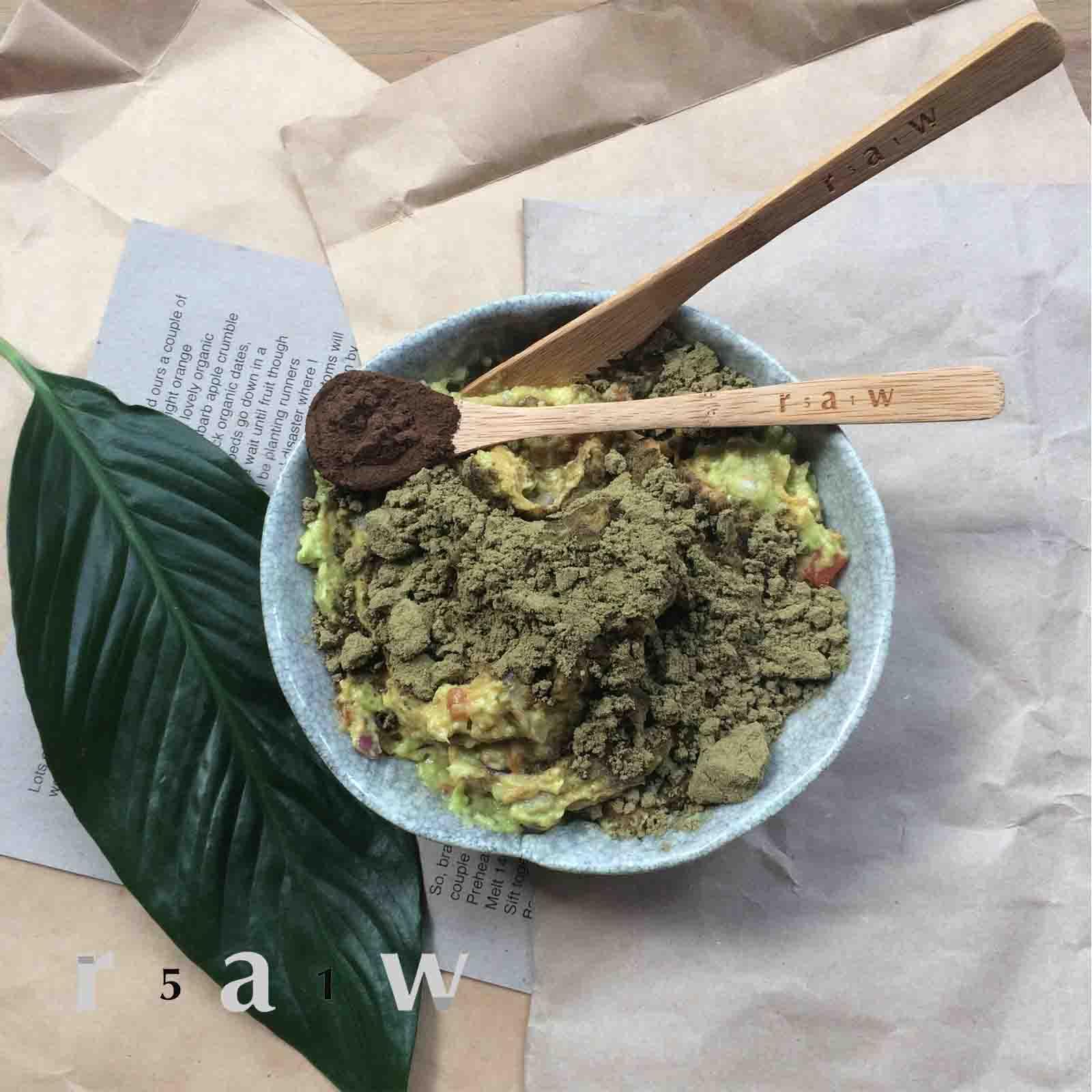 raw-food-diet-avocado-hemp-protein-smash-51raw