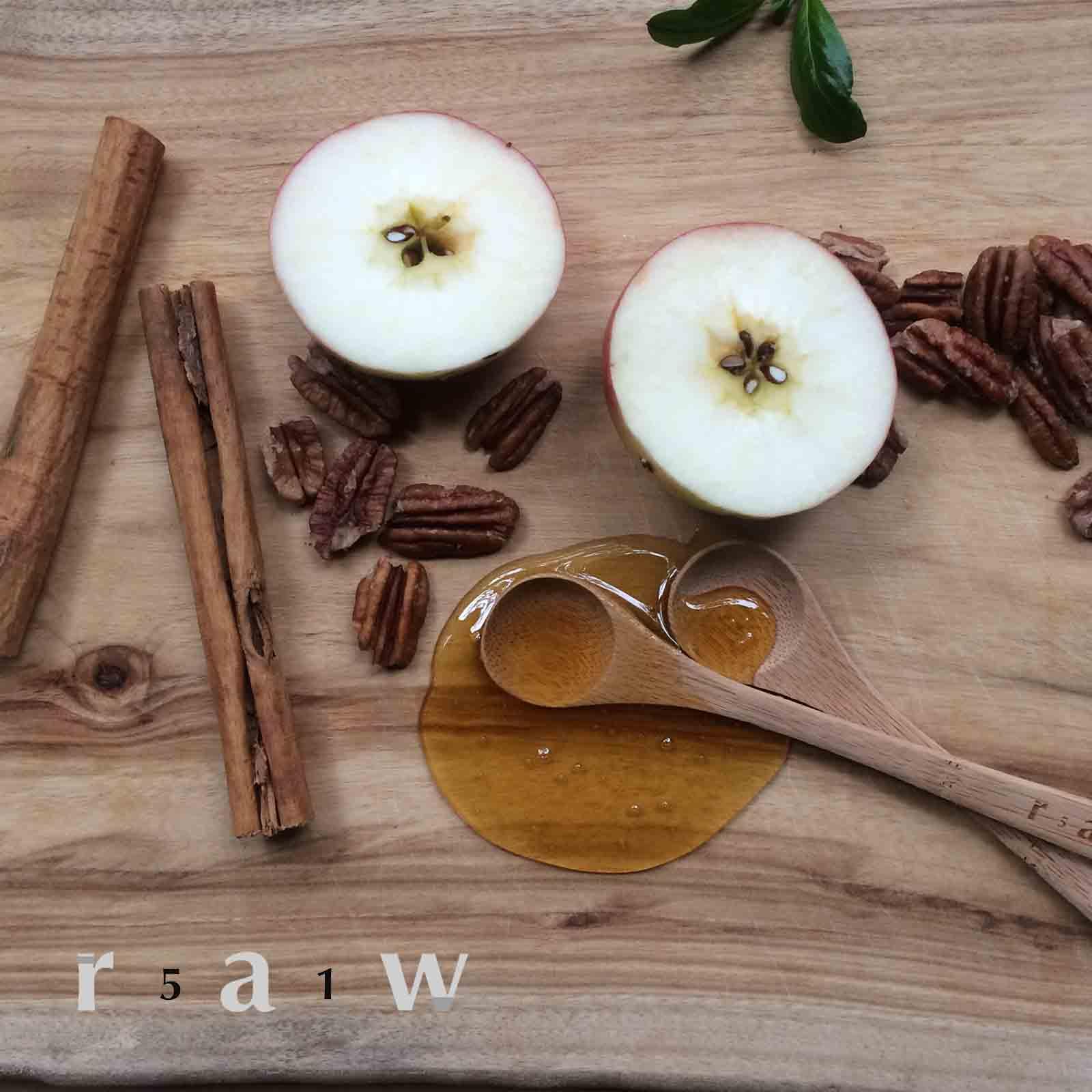 raw-food-diet-fruit-salad-cinnamon-raw-honey-pecans-51raw.jpg