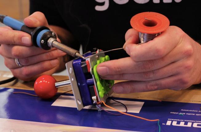 soldering-joystick-buttons.png