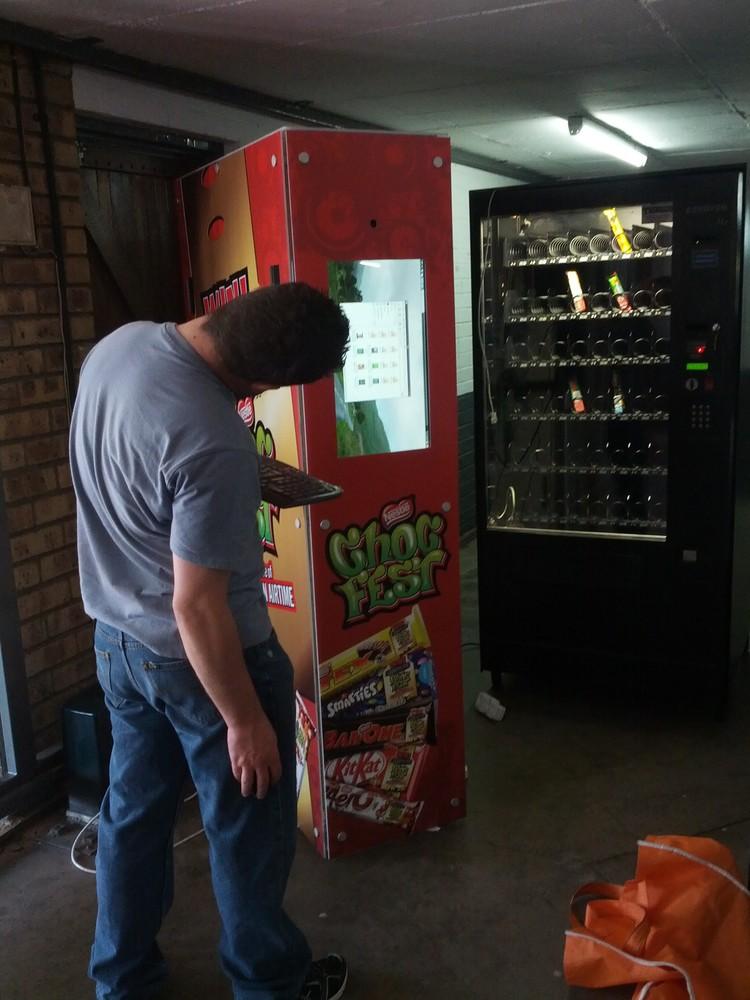 chocfest-vending-machine.jpg