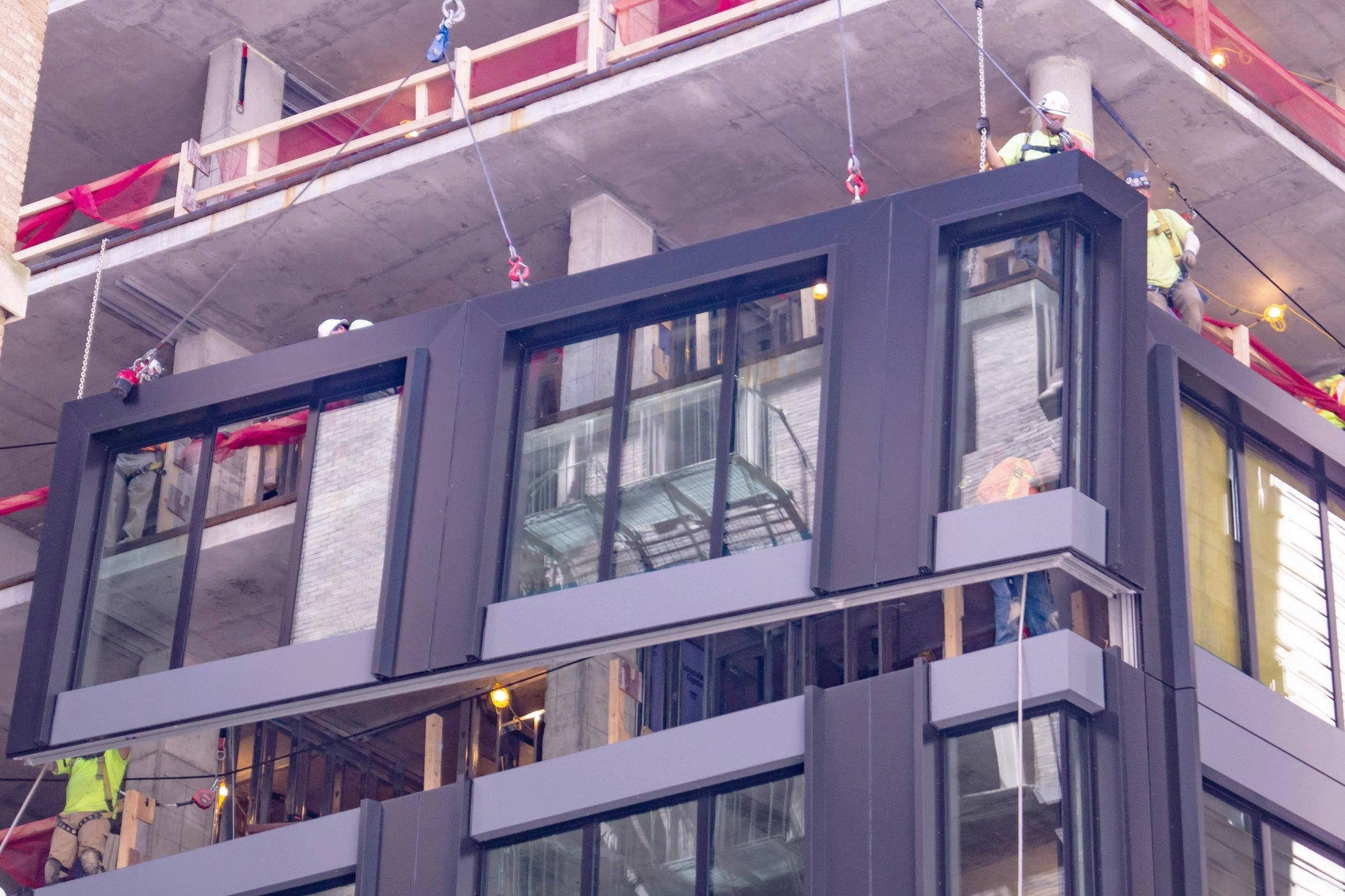 Megapanel Facade Systems - Learn More >