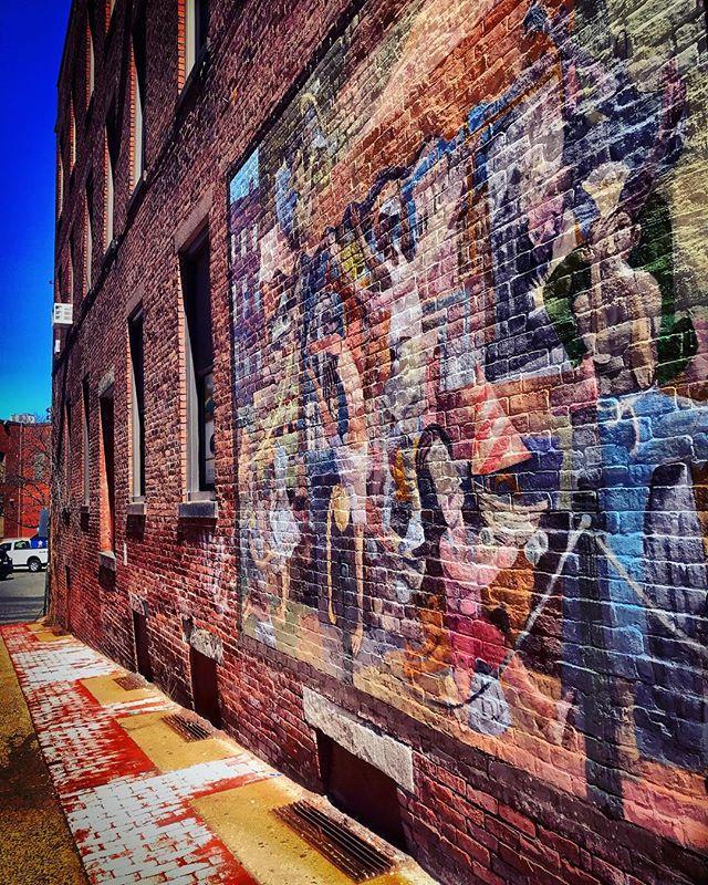 #northamptonma #othersidema #igers413 #northampton #streetart #mural #streetphotography