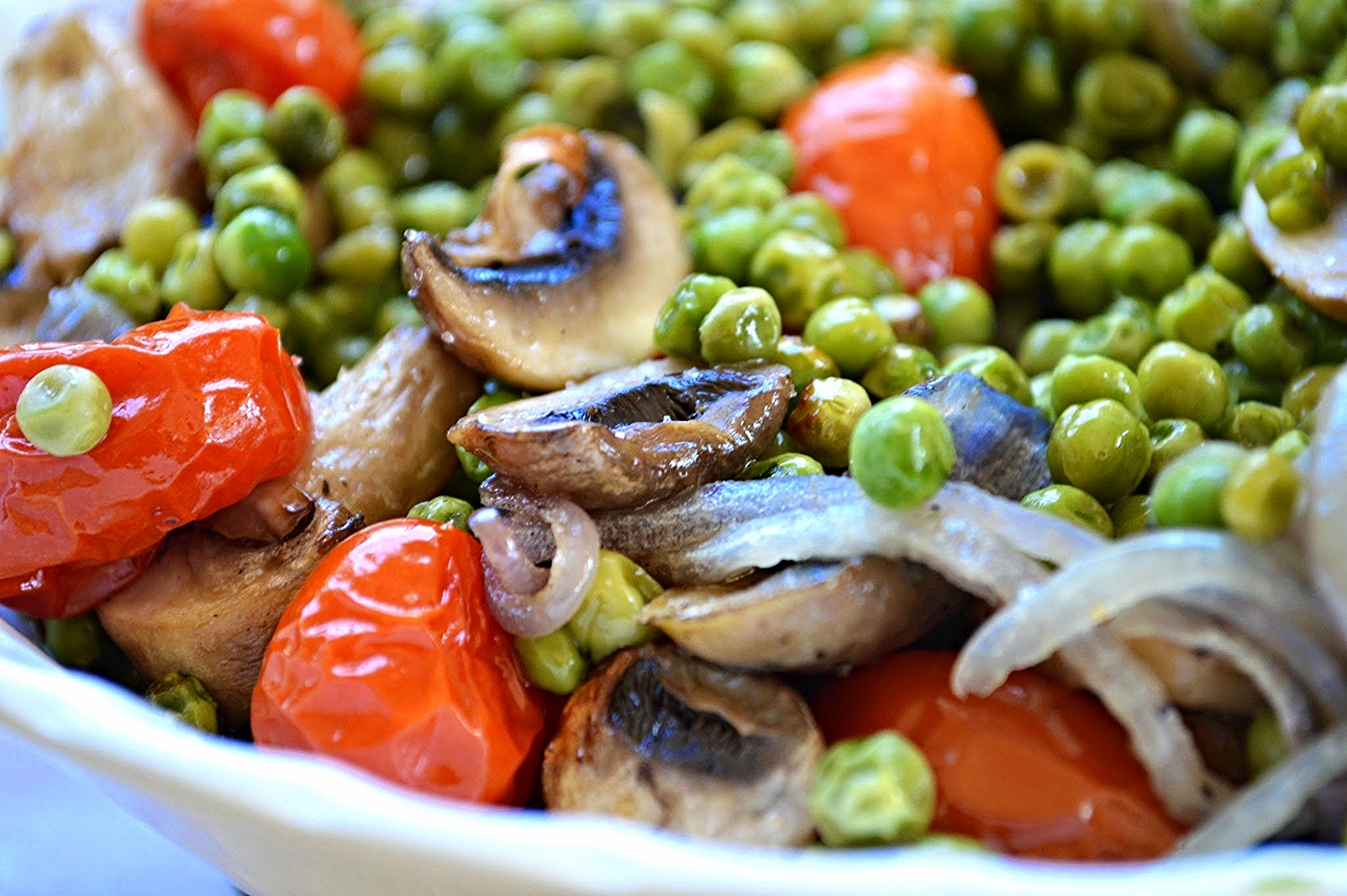 Roasted Mushrooms with Peas and Tomatoes