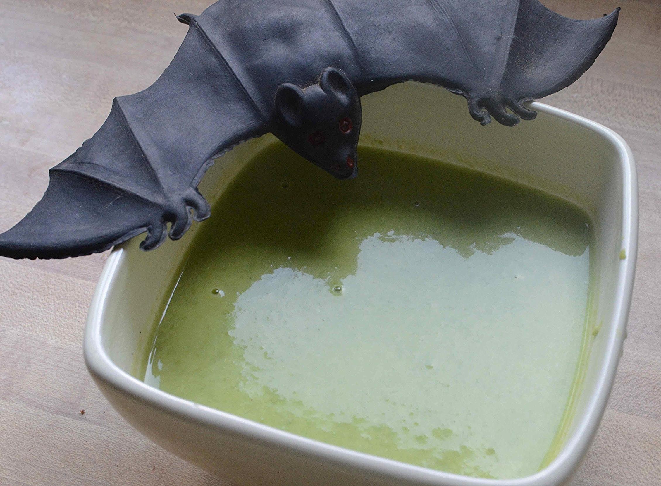 Nigella's Slime Soup-Famous Fridays