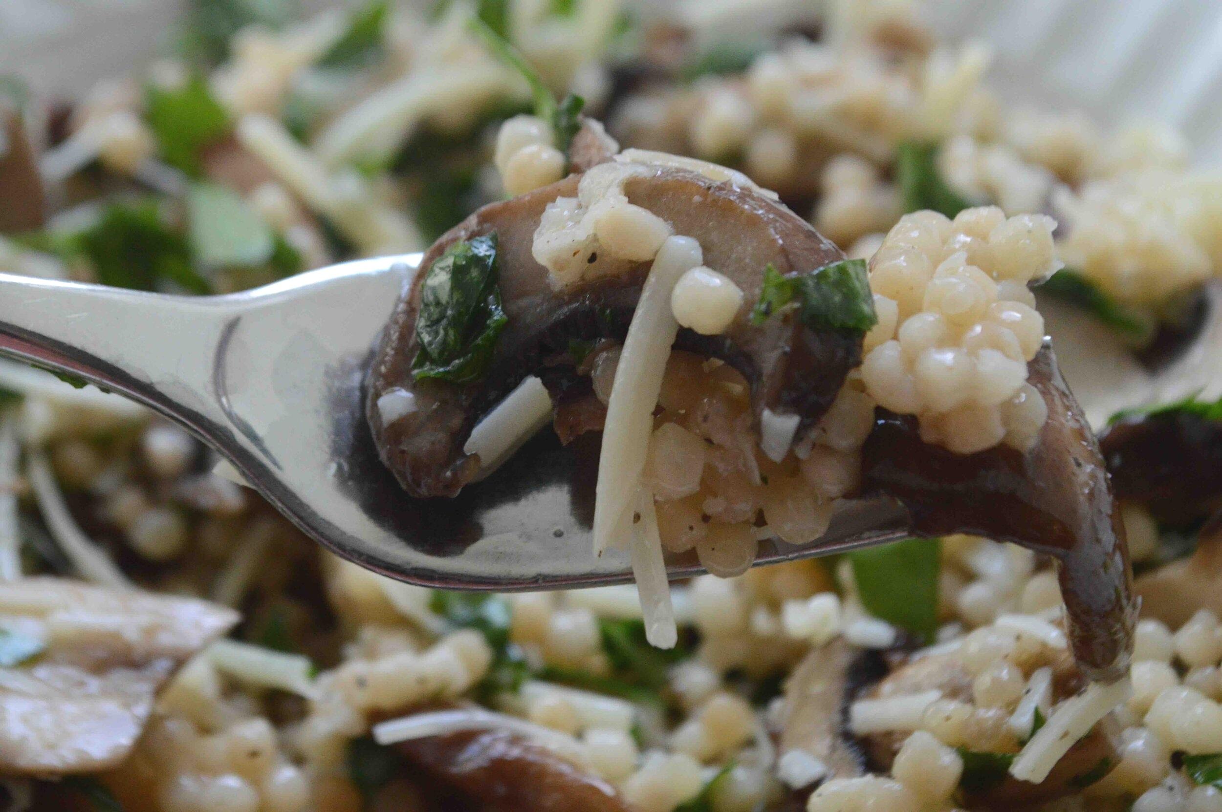 Israeli+Couscous+Mushroom+Salad+with+Lemony+Vinaigrette