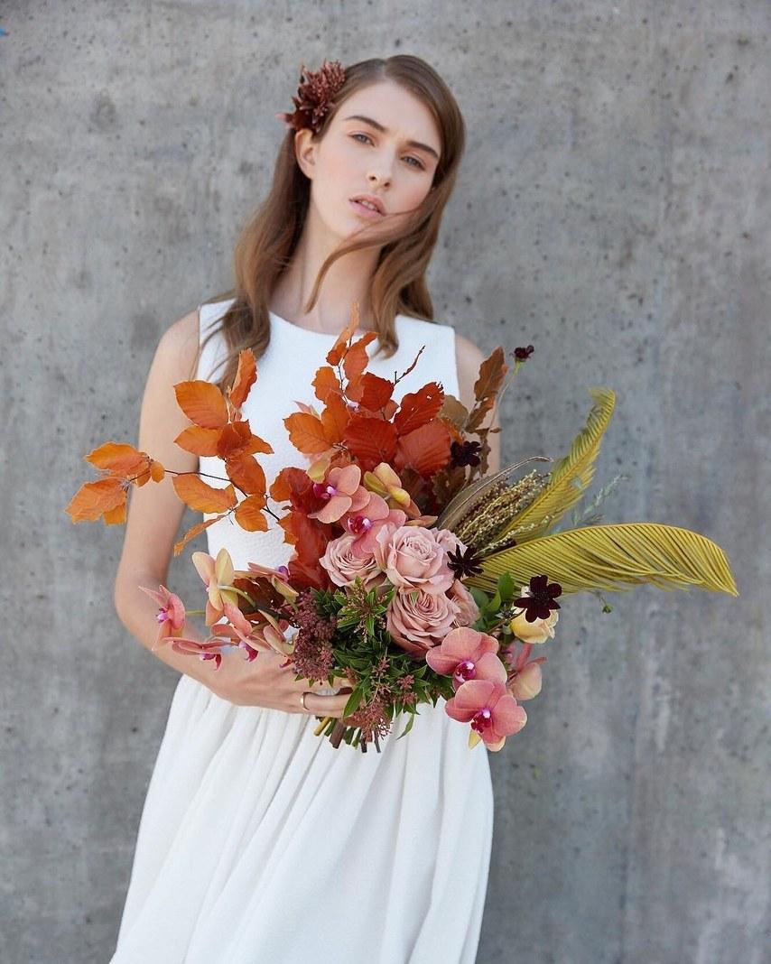 dried-palm-leaves-wedding-flowers-1.jpg