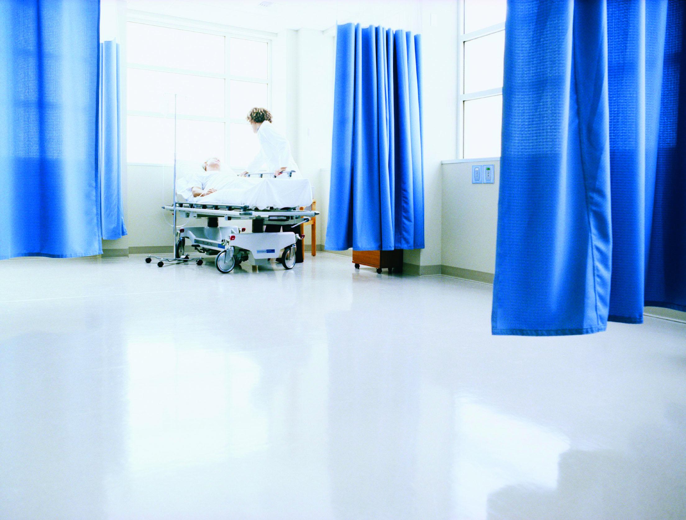 blue_curtain_white_floor.jpg