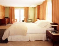 Ceiling-to-Floor Pinch Pleat- Raleigh Hotel PH, Miami, FL