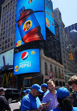 American-Eagle-Sign-Pepsi.jpg