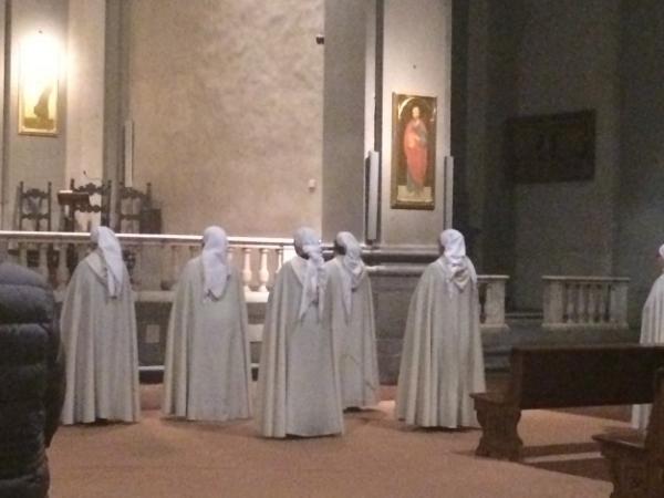 Chanting nuns and monks. Vespers at the Badia Fiorentina