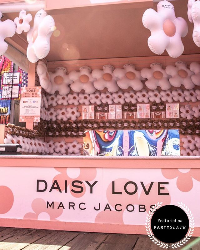 Thank you @partyslate for featuring #jessfelseventdesign! We created the ultimate carnival experience for @marcjacobs, and it was truly an unforgettable event. From the branded Ferris wheel, to the carnival games, and everything in between, guests had so many opportunities to stay engaged.  Link in bio to check out how you can plan an awesome summer event for your guests! 🎡
