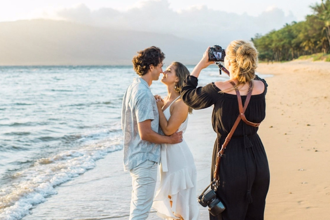 Sarah Ellefson - Wedding photography can be tricky. It seems like everyone's doing it so how do you stand out?Step one: Be yourself. Step two: Hire a copywriter who can lift your natural brand way up while speaking straight to couples in the thick noise of wedding bells.That's how.
