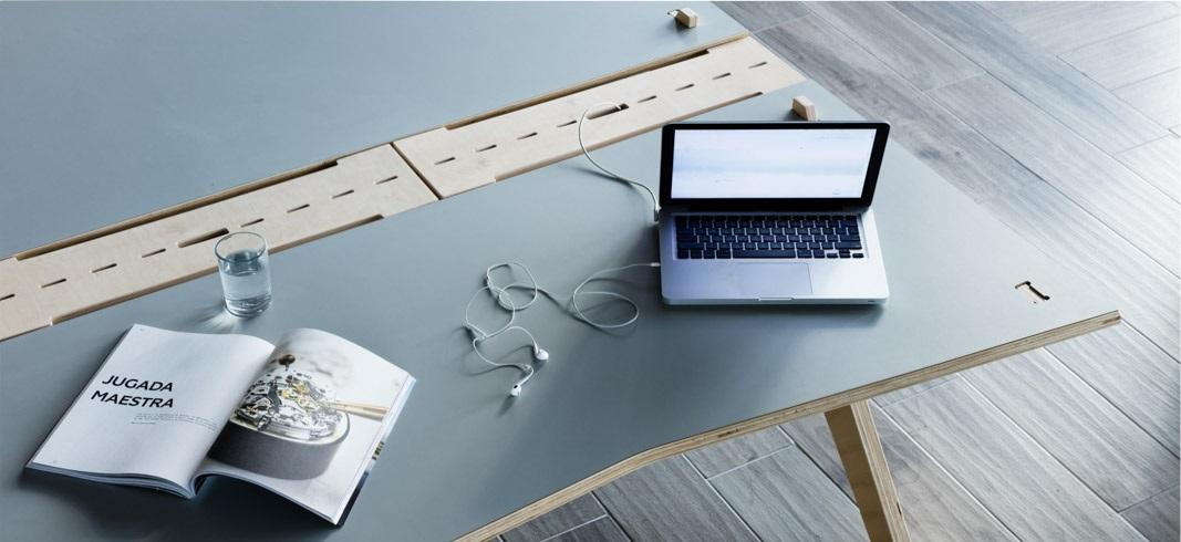 Mesa Lean con Cubrecables.jpg