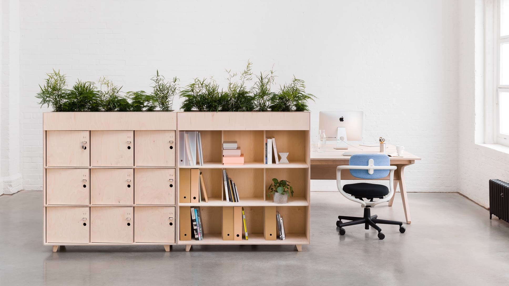 opendesk_furniture_fin-bookshelf_product-page_gallery-image-opendesk_shot3_2046-copy.default.jpg