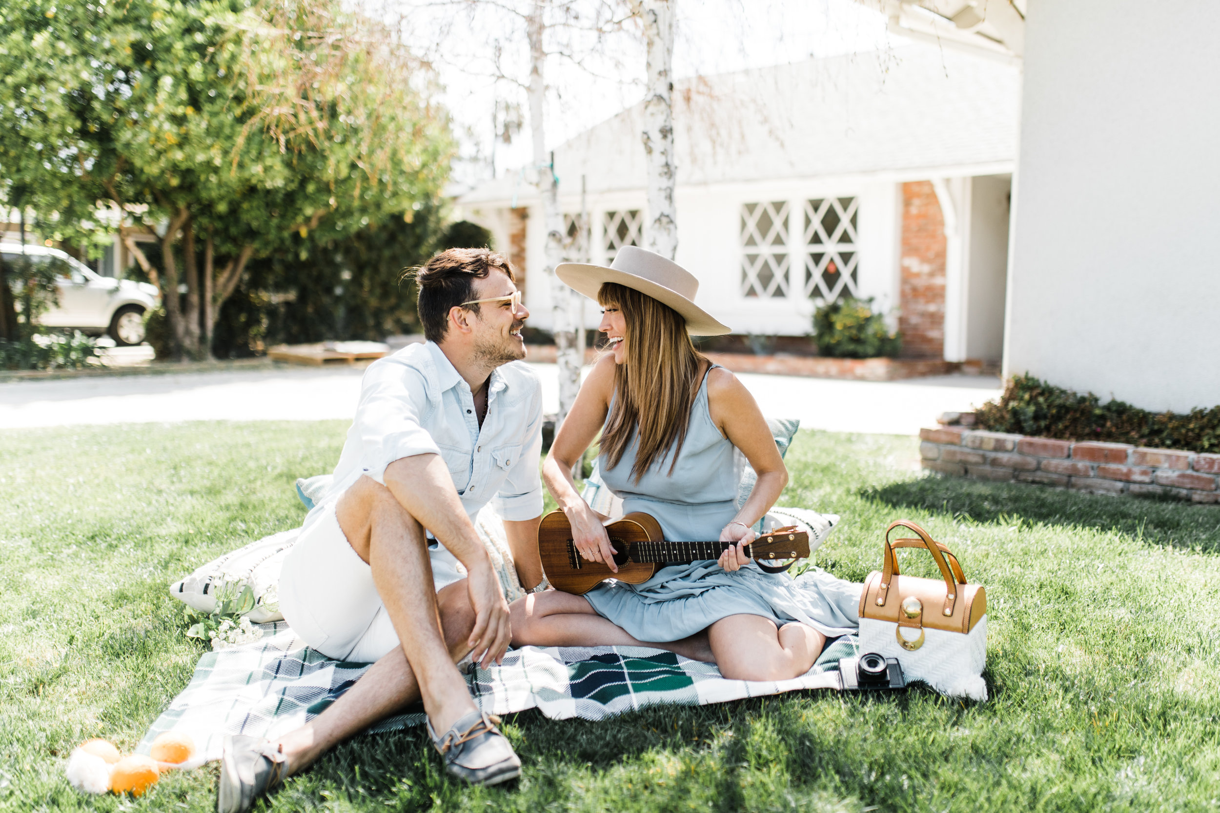 Fernanda&Mariano-Clarisse-Rae-Photo-Video-Spring-Inspired-Southern-California-Wedding-Photographer-Los-Angeles-Engagement-Shoot_10