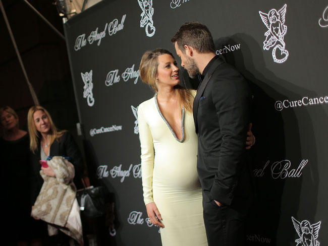 Blake Lively and Ryan Reynolds are expecting... and her pregnancy fashion choices have been praised all over the Internet