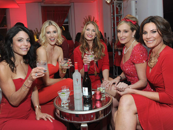 Frankel with Kristen Taekman, Heather Thomson, Sonja Morgan, and LuAnn de Lesseps at the launch of Frankel's Skinnygirl Spicy Lime Margarita and Skinnygirl Pinot Noir.