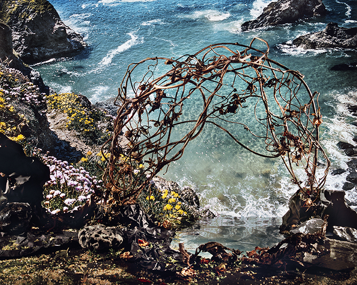 Arch and Seascape, 2015, colour photo, 122x153cm.