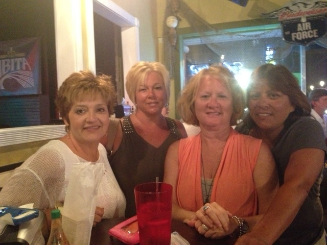 My fellow vacationers, Amy, Toni, myself and Carolyn
