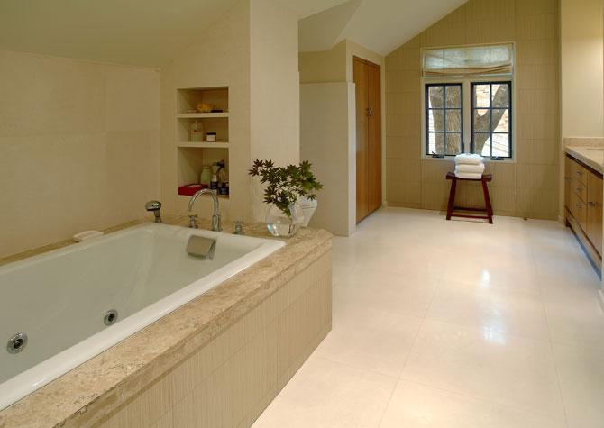large_bathroom1_3.jpg