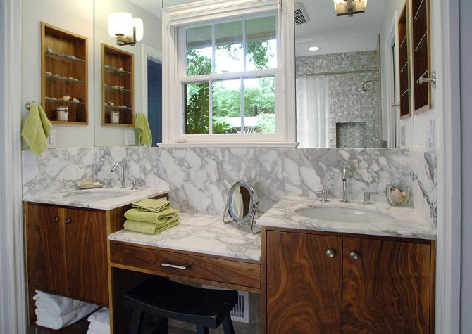 large_bathroom3_1.jpg