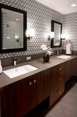 large_bathroom32_1.jpg