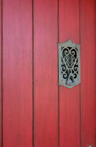 large_door1_1.jpg
