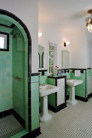 large_bathroom5_2a.jpg