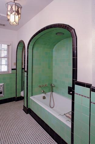 large_bathroom5_3.jpg