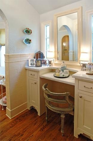 large_bathroom7_3.jpg