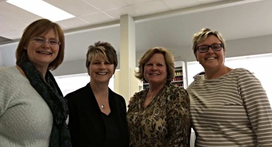 From left to right: Cindy, Tracey, Lisa (owner of Stitch Witch in Cobourg, Ontario), and me.
