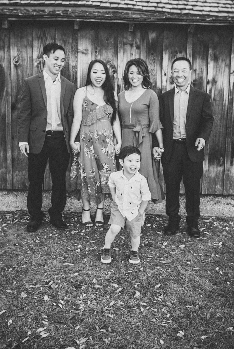 Vu Family 2018 8.jpg