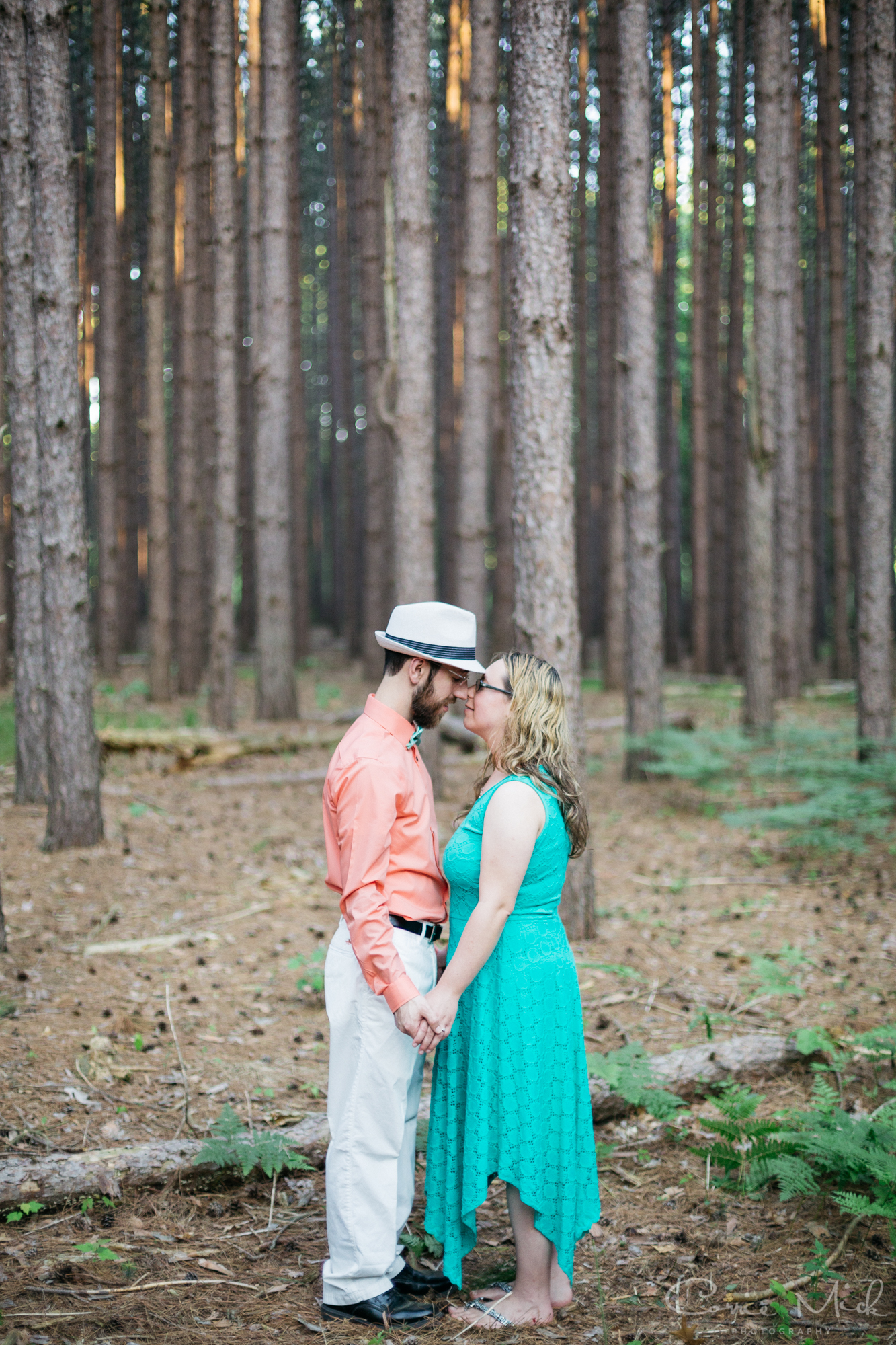 Oak Openings MetroPark Ohio - Peter and Rachel Engaged - Corrie Mick Photography-15.jpg