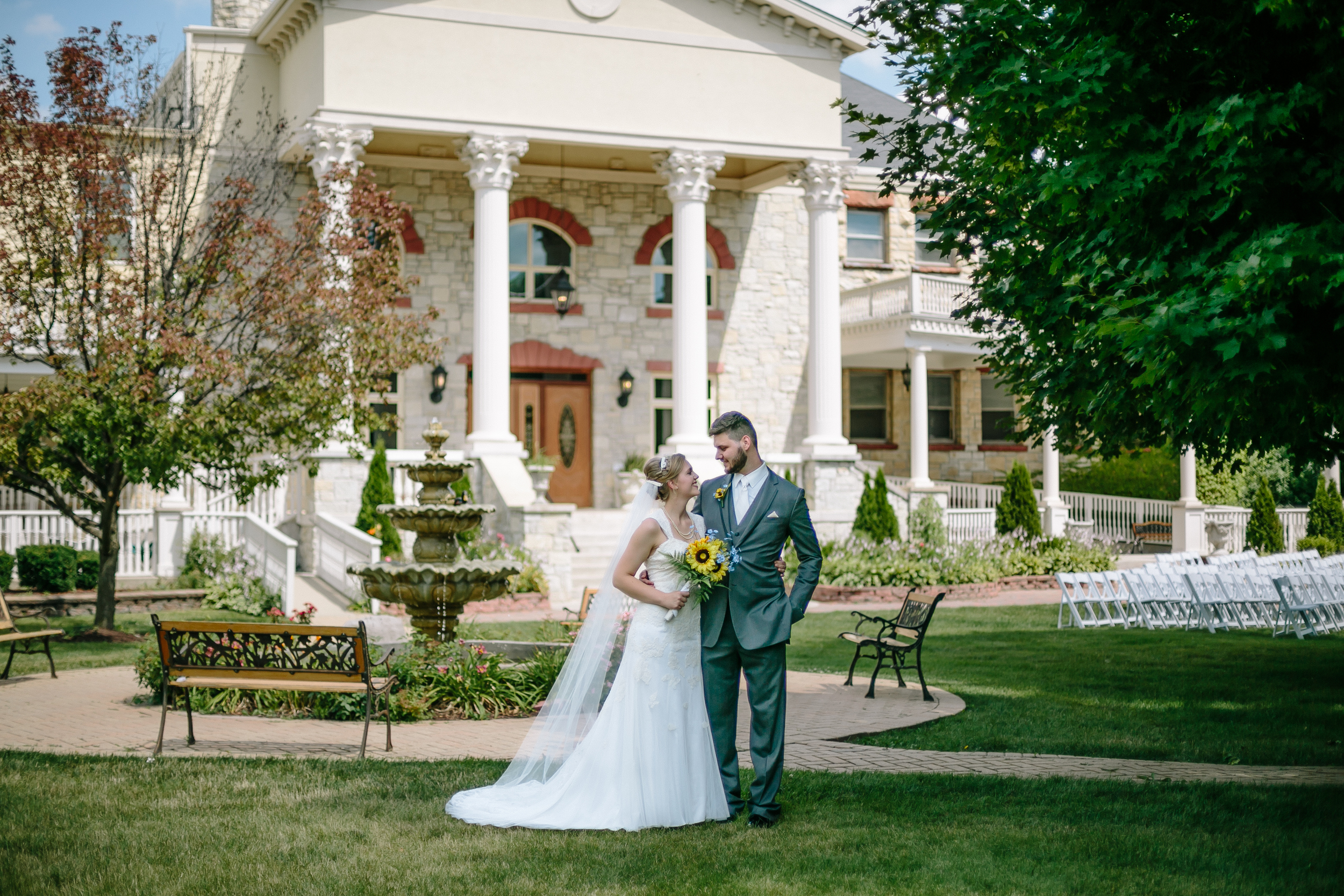 Jacob Henry Mansion Estate Joliet, Illinois - Wayne & Leanne Married - Corrie Mick Photography-122.jpg