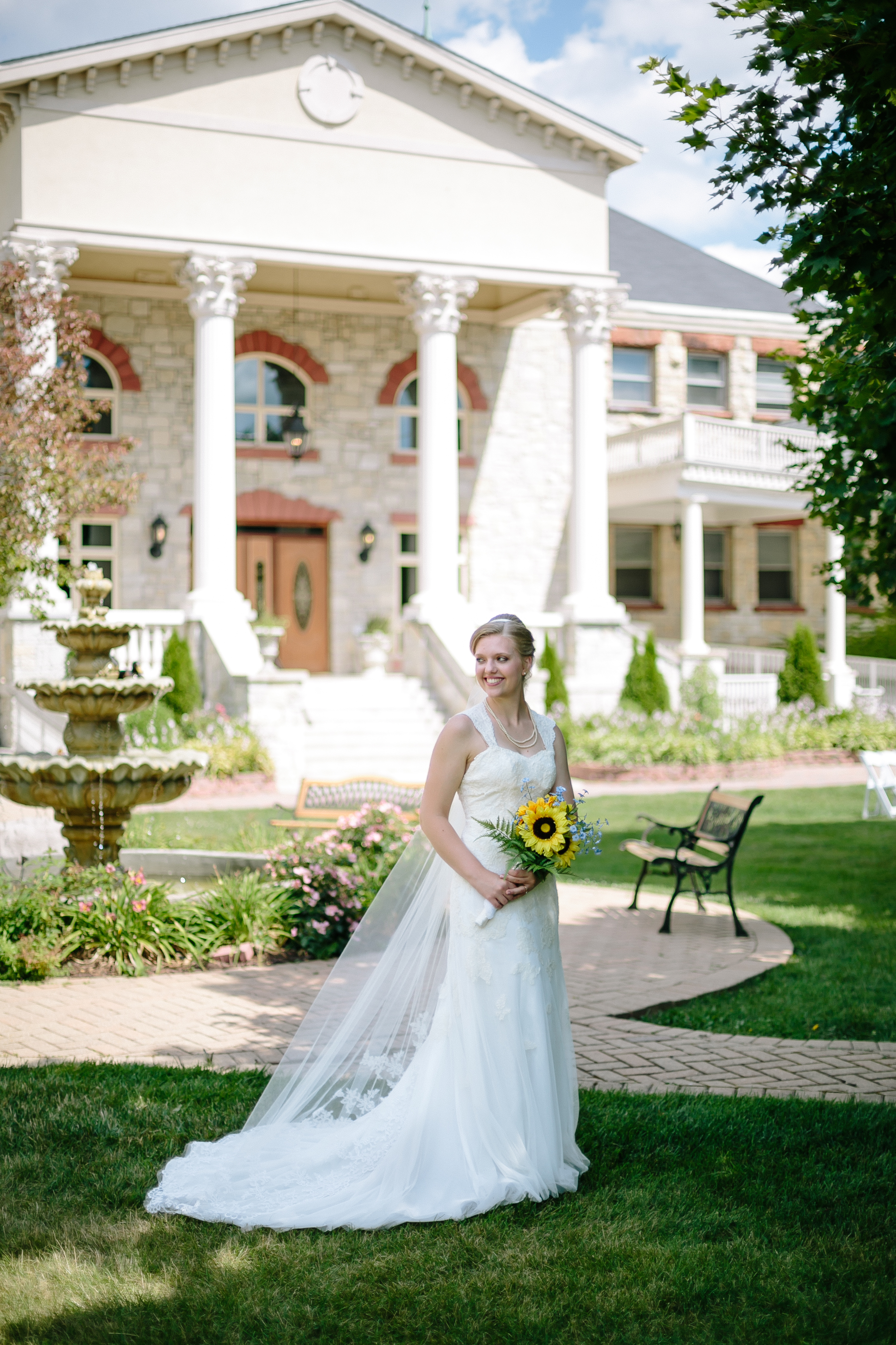 Jacob Henry Mansion Estate Joliet, Illinois - Wayne & Leanne Married - Corrie Mick Photography-127.jpg