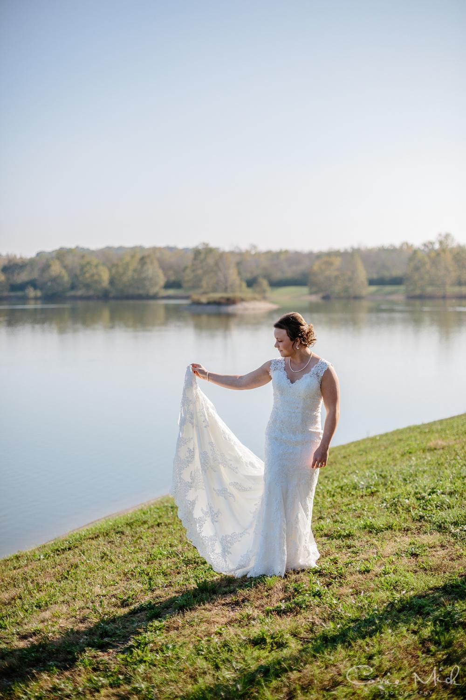 Lake Lyndsay Wedding - Portland, Oregon Photographer - Corrie Mick Photography-130.jpg