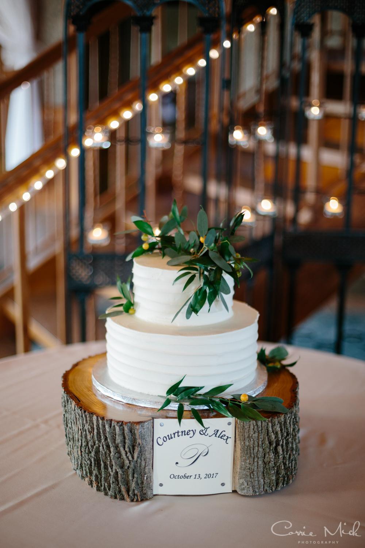 Lake Lyndsay Wedding - Portland, Oregon Photographer - Corrie Mick Photography-243.jpg