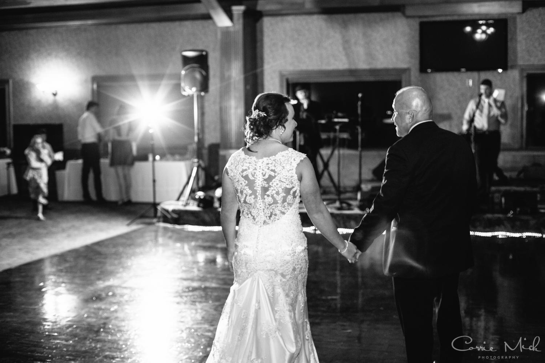 Lake Lyndsay Wedding - Portland, Oregon Photographer - Corrie Mick Photography-561.jpg
