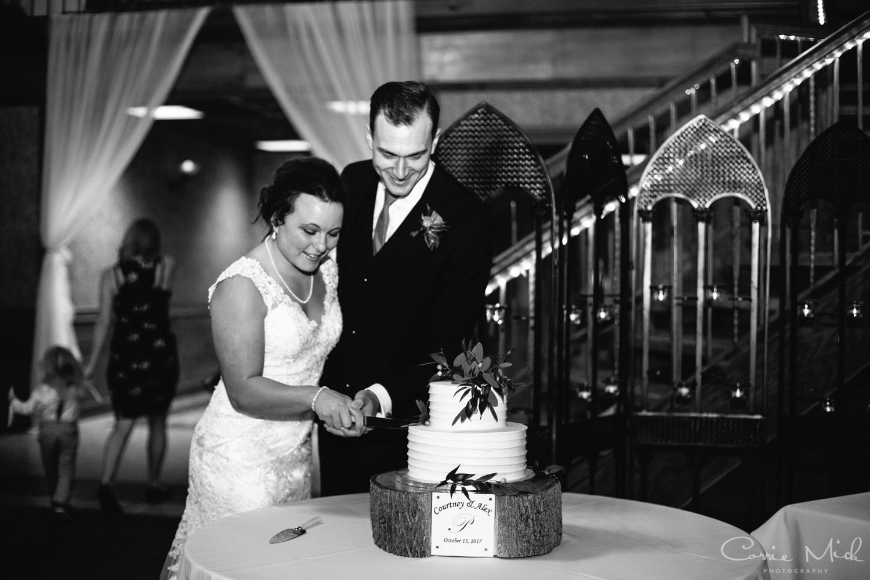 Lake Lyndsay Wedding - Portland, Oregon Photographer - Corrie Mick Photography-579.jpg