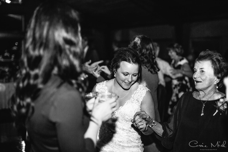 Lake Lyndsay Wedding - Portland, Oregon Photographer - Corrie Mick Photography-696.jpg