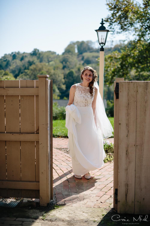Clary Gardens Wedding - Portland, Oregon Photographer - Corrie Mick Photography-52.jpg
