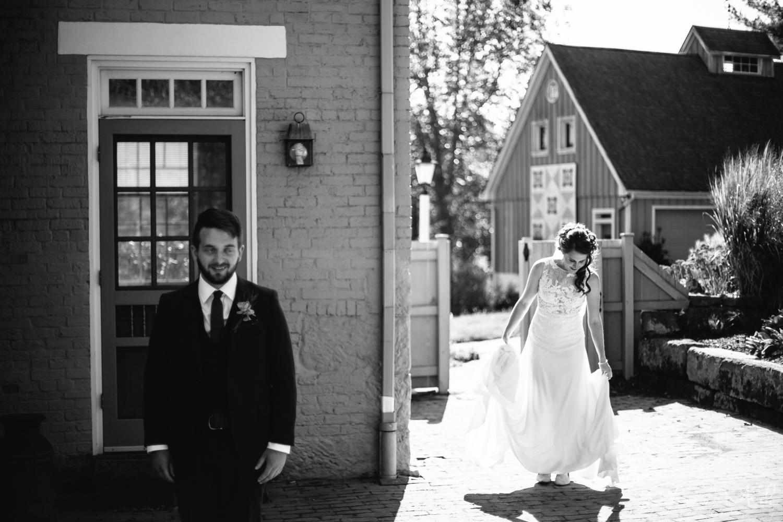 Clary Gardens Wedding - Portland, Oregon Photographer - Corrie Mick Photography-54.jpg