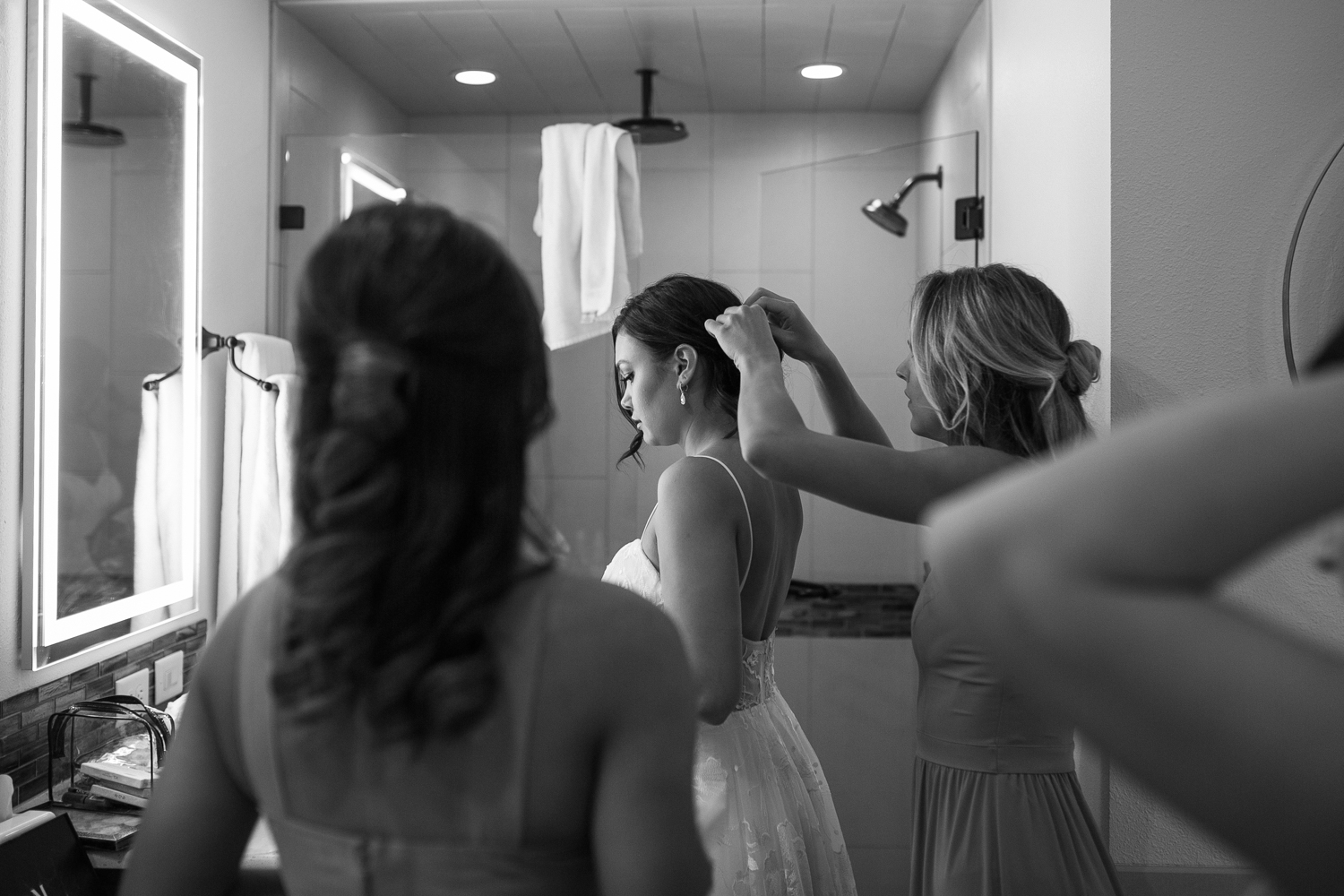 Youngberg Hill Vineyard Wedding in Wine Country Oregon - Corrie Mick Photography-20.jpg
