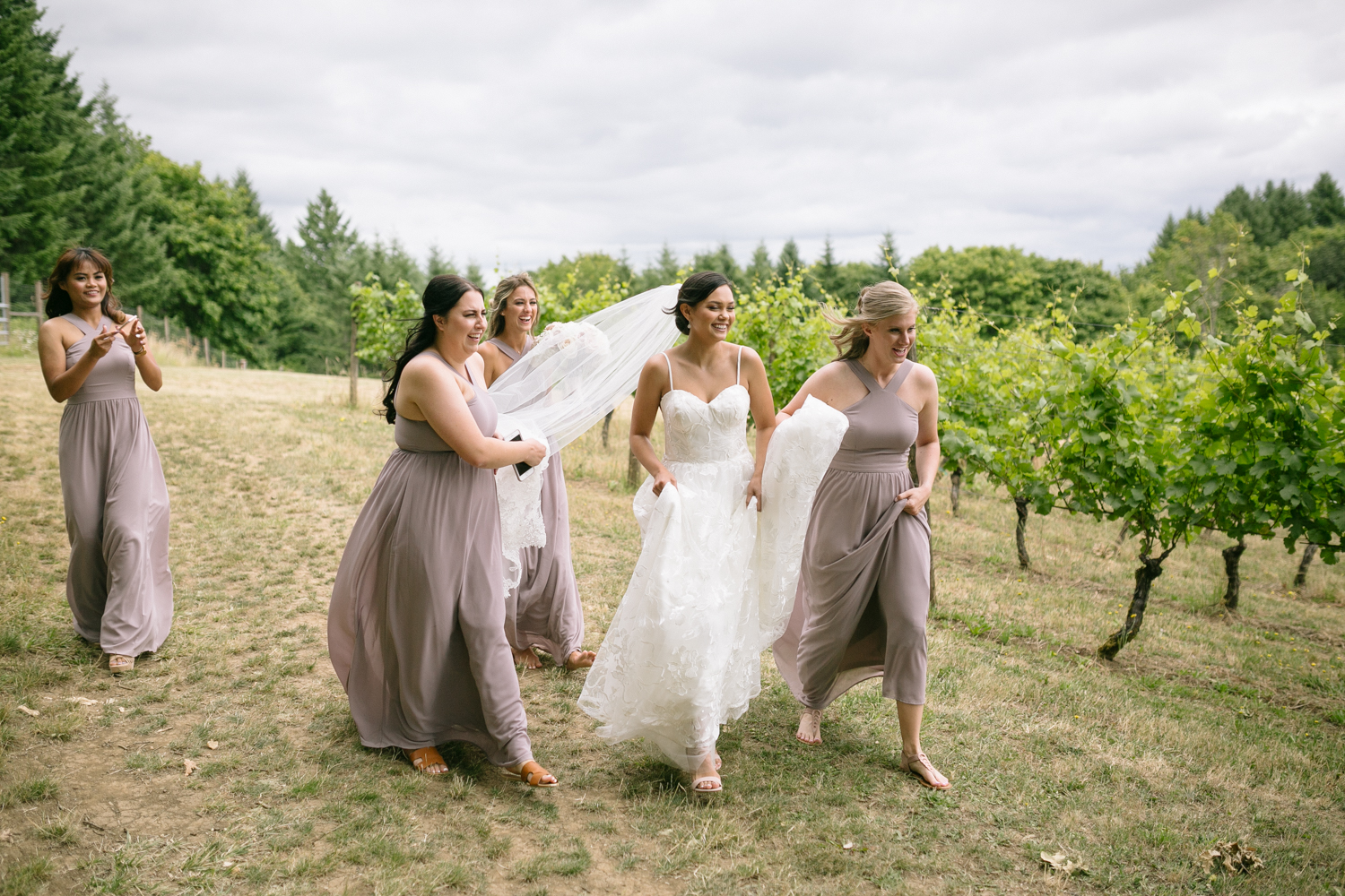 Youngberg Hill Vineyard Wedding in Wine Country Oregon - Corrie Mick Photography-34.jpg