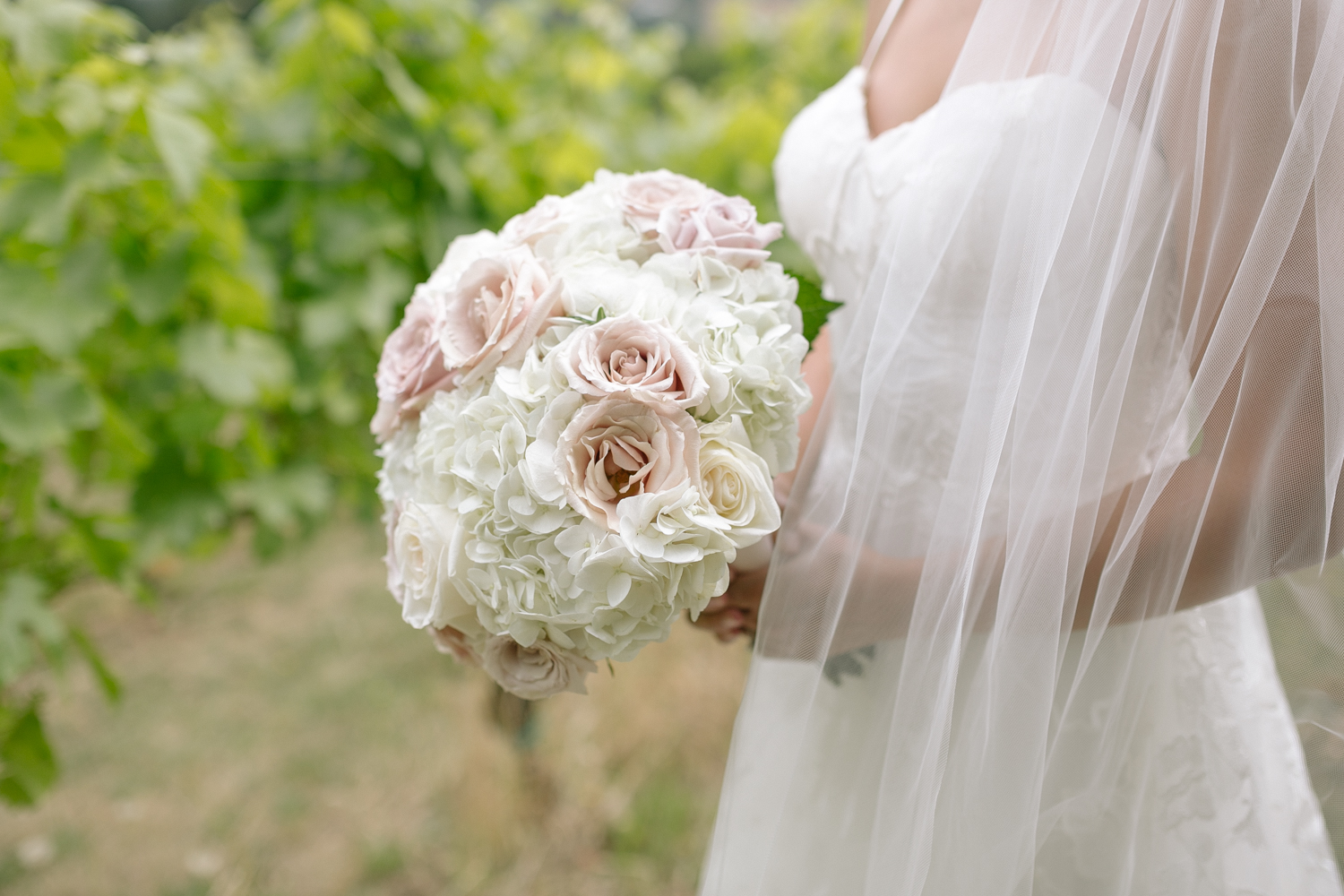 Youngberg Hill Vineyard Wedding in Wine Country Oregon - Corrie Mick Photography-76.jpg