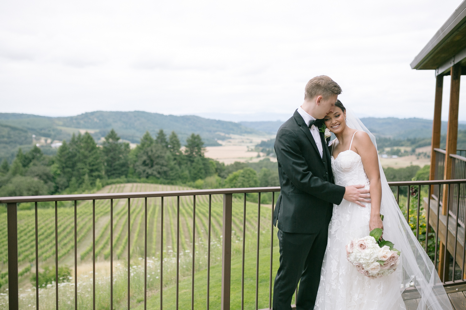 Youngberg Hill Vineyard Wedding in Wine Country Oregon - Corrie Mick Photography-180.jpg